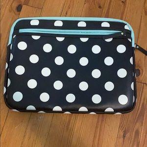 NWOT Stuido C polka dot laptop/ MacBook case